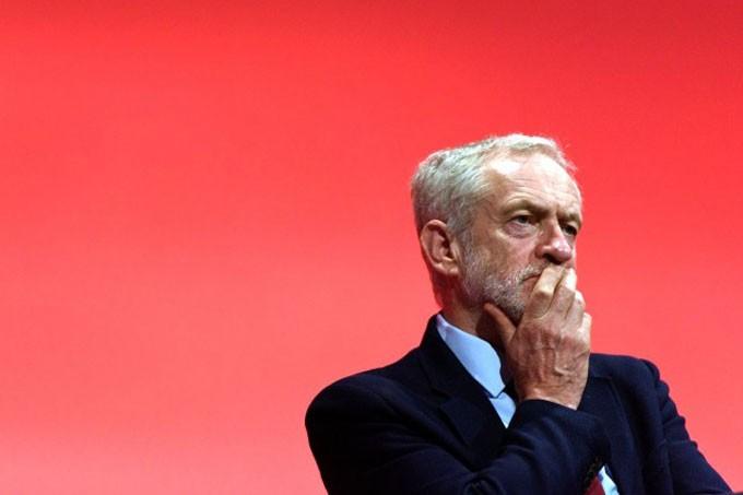 Jeremy Corbyn shuffles the deckchairs