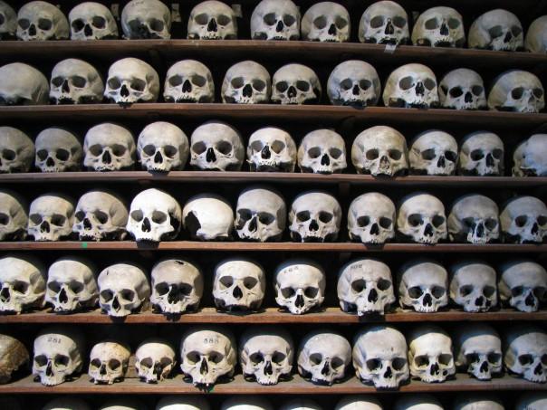 Hythe_skulls_4
