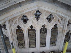 Window_stone2