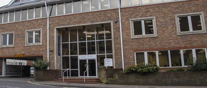 Changes to Covid-19 restrictions at Salomons Library