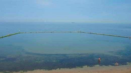 Walpole Bay Tidal Pool, Margate