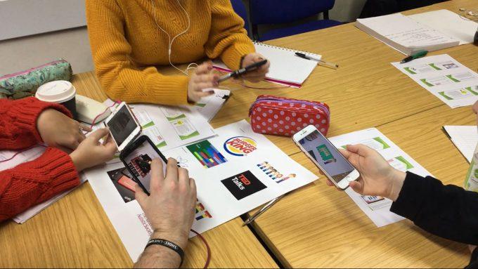 HP Reveal (Aurasma): multidimensional learning through augmented reality
