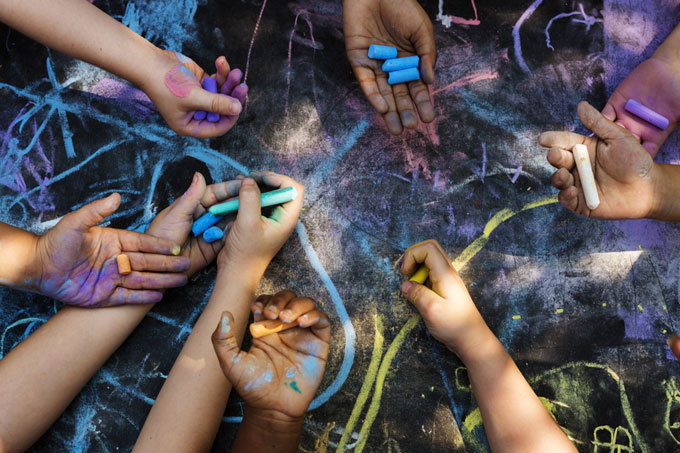 Integrating communities through the arts