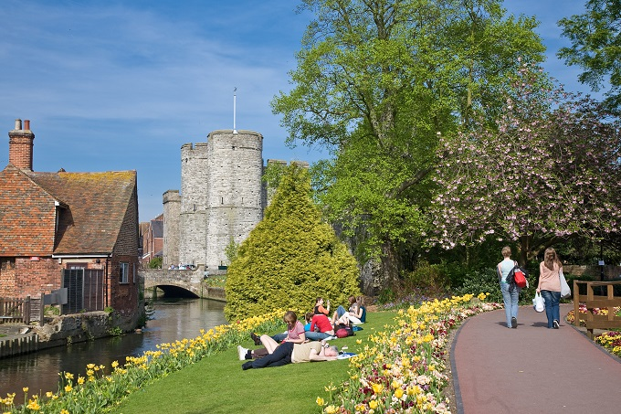 10 Tips for Finding Part-Time Work in Canterbury