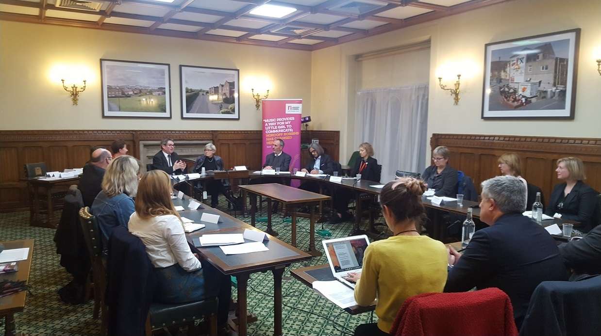 Parliamentary roundtable discussing music and mental health