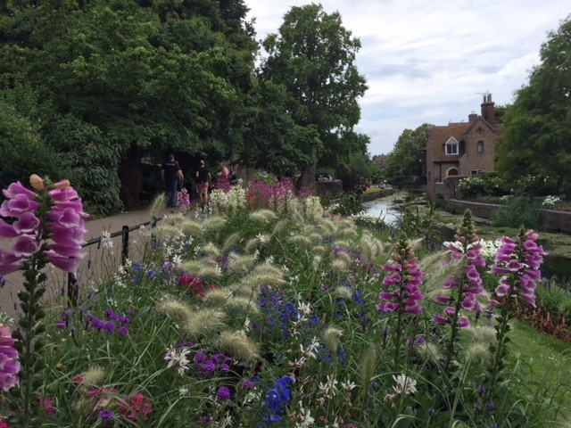 Welcome to the Garden of England and the historic city of Canterbury
